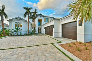 JUST LISTED – Manatee River Waterfront Home